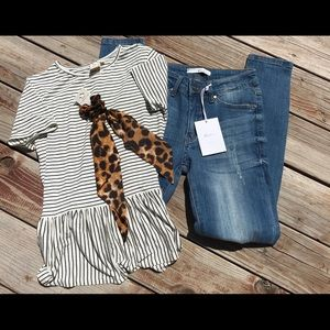 💗NWT 5/26 very distressed Kancan jeans💗